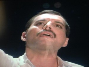 I'm Just a singer with a song... la storia delle collaborazioni tra Freddie Mercury e Dave Clark